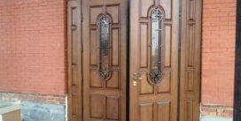 Особенности входных металлических двухстворчатых дверей