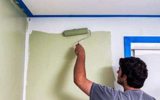 Как покрасить стык стены и потолка